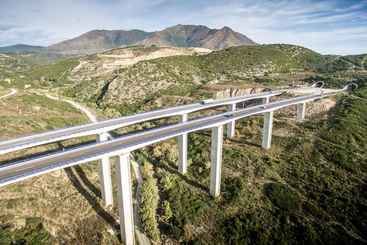 Puentes hiperestáticos
